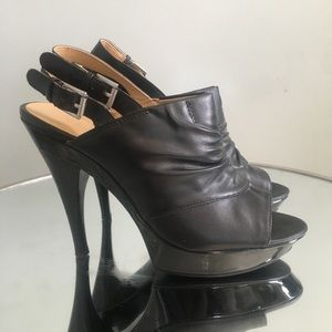 NINE WEST PEEP TOP PLATFORMS SIZE 7M